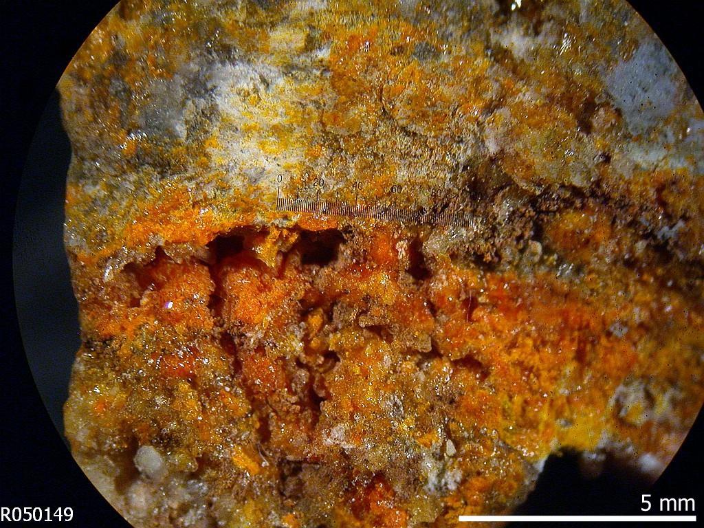 Wulfenite R050149 - RRUFF Database: Raman, X-ray, Infrared
